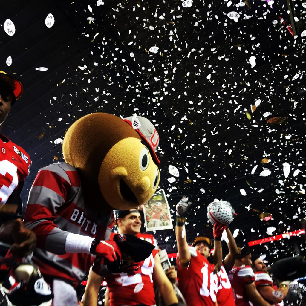 Ohio State powers past Oregon to win College Football Playoff championship