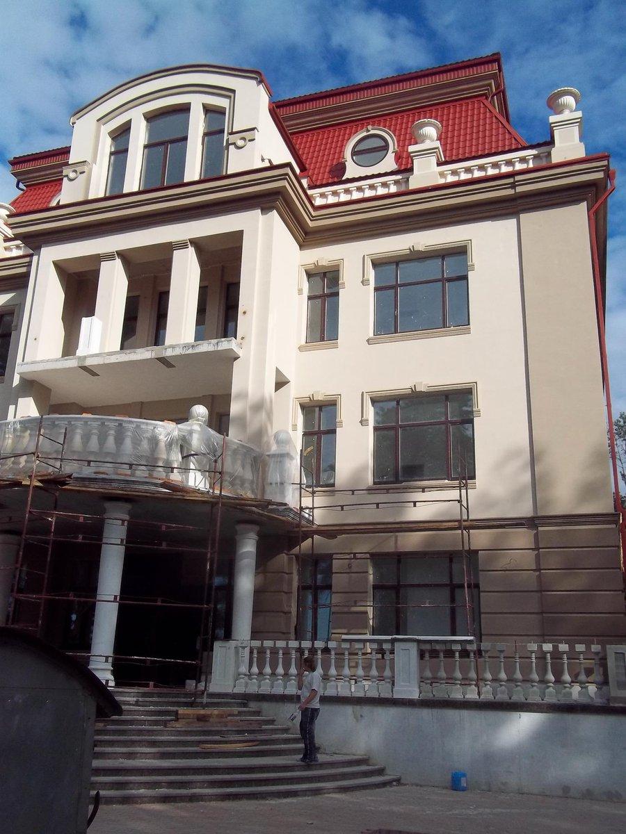 Разыскиваемый министр Януковича Ставицкий переоформил элитный дом в Киеве с тещи на кипрский оффшор - Цензор.НЕТ 7792