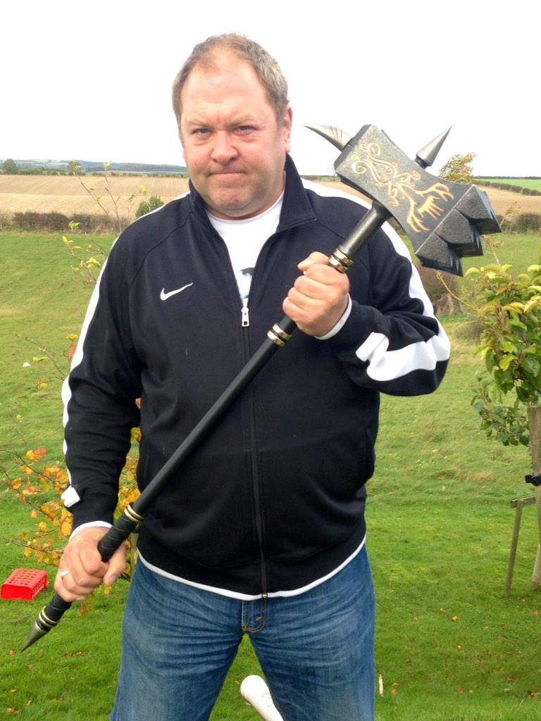 "Mark Addy on Twitter: ""A massive thank you to Chris Beasley @valyriansteel for my replica King Robert Baratheon warhammer! MA http://t.co/CJmS0XJ6o0"""