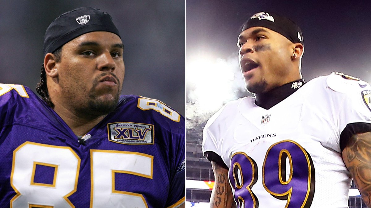 Steve Smith Sr. Apparently Tried To Fight Jermaine Wiggins After Loss To Patriots On Saturday http://t.co/f2J1pM5Hj5 http://t.co/N4fgcpM8VK
