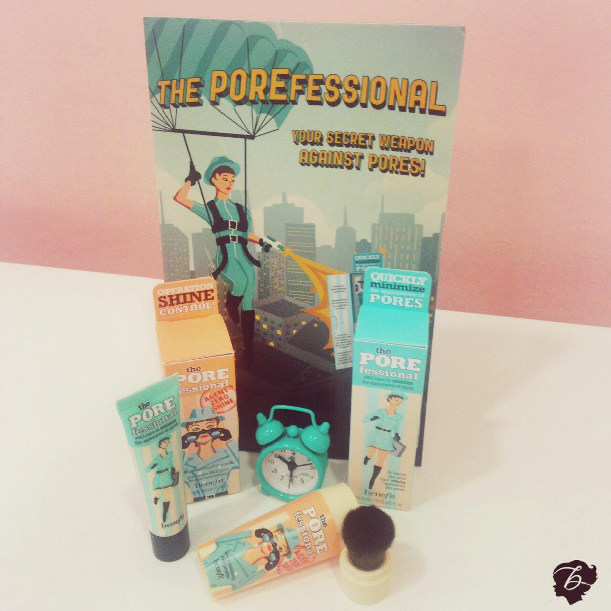 Want to win? RT to #WIN this exclusive Benefit Pore O'Clock package from @benefit_ire #poreoclock http://t.co/8eqHxLNZEN