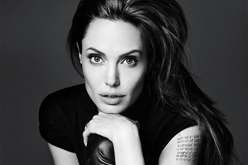 Hollywood Actress Angelina Jolie HD Wallpapers