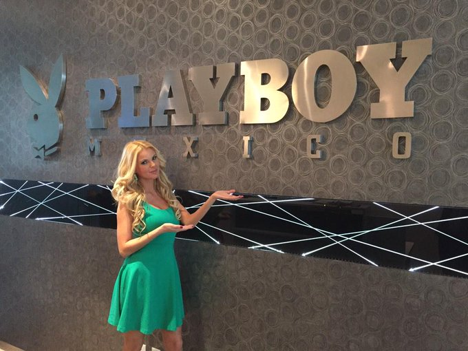 First day of my @PlayboyMX #playmate media tour! Thank you guys for the warm welcome! #streaming #live