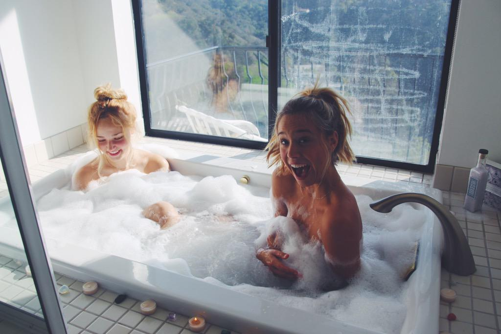 Surprised In Bathtub With Best Friend Lesbian 56