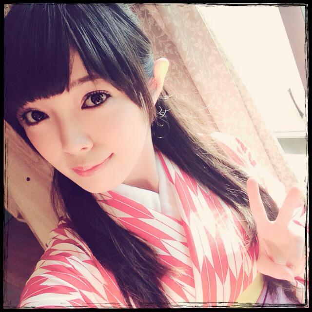撮影なう。袴でございます( ˘ω˘ )はいからさん風! pic.twitter.com/Y3d0317gl4