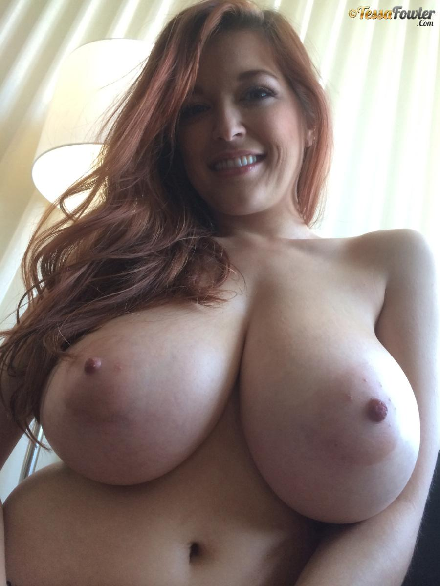 Fabulous big tit webcam 2