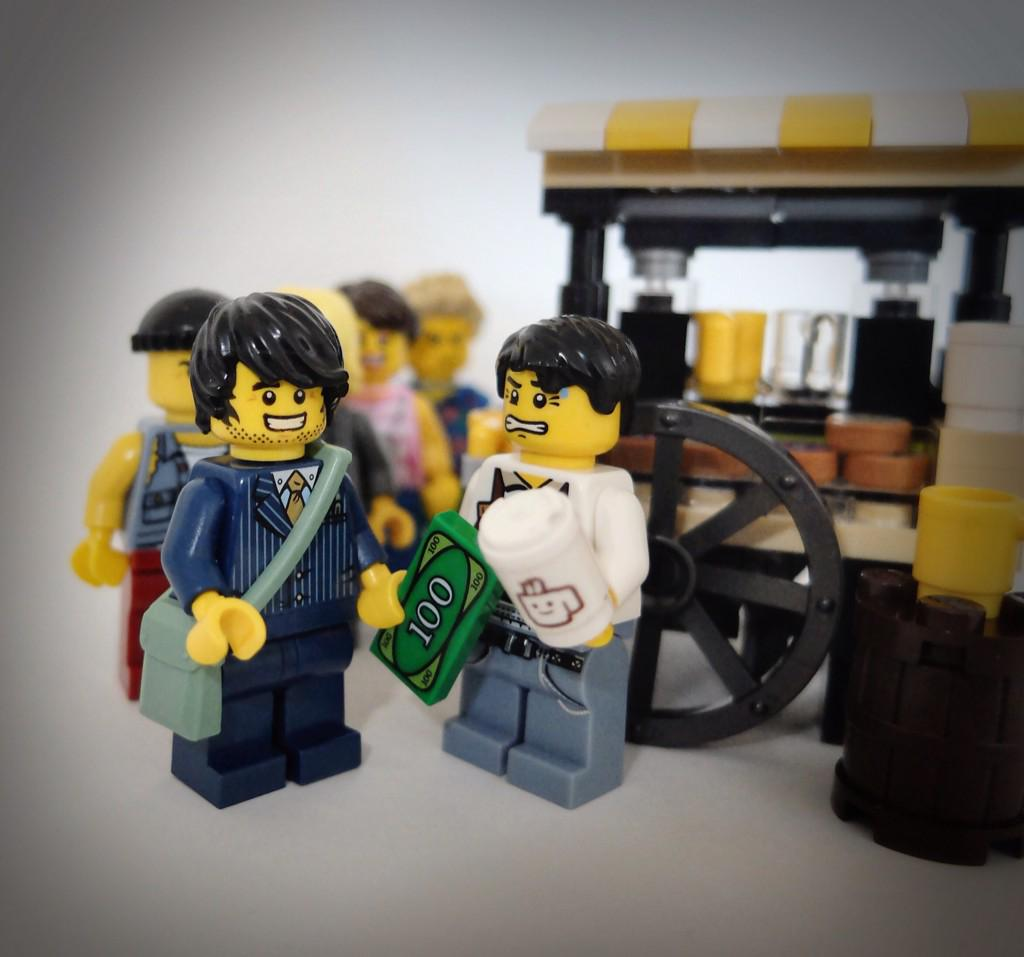 "Love this! ""@thelegoalex: #LegoAlex #EarlyMorning #coffee #Brighton #station @SmallBatchCR #Sussex http://t.co/1yXgy6rXhH"""