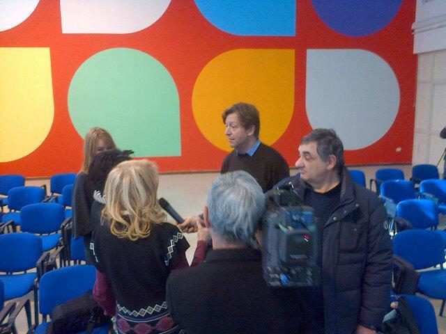 Tutto pronto per l'inaugurazione dei wall painting di Jan van der Ploeg Istituto Livatino Napoli #BeColorProject http://t.co/MqFqXHHg6V