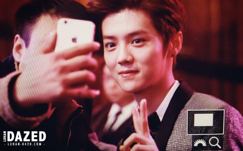 [PREVIEW] 150115 2014 Weibo Awards Night [100P] B7ZGOO4CIAE6B0e