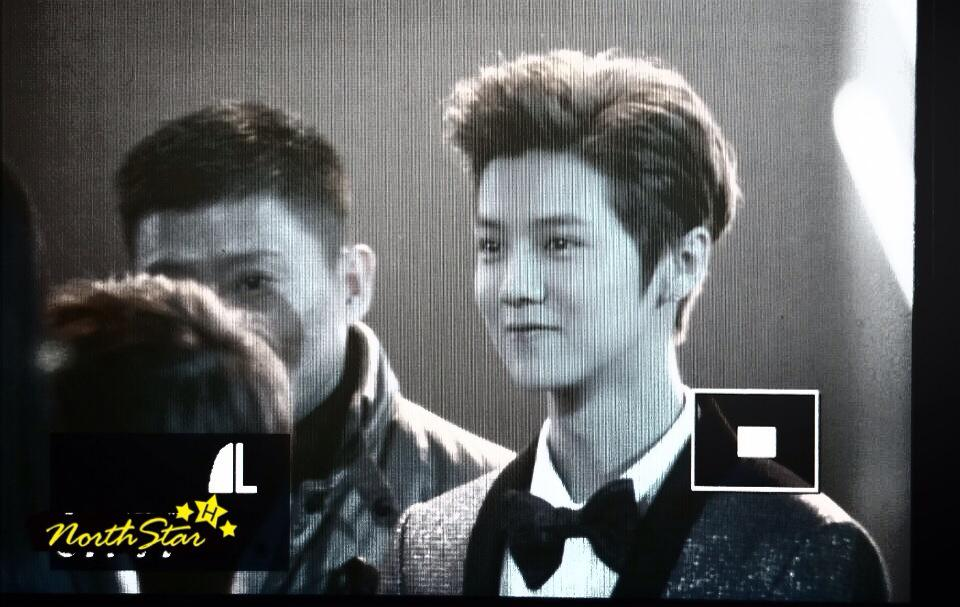 [PREVIEW] 150115 2014 Weibo Awards Night [100P] B7ZH2wiCcAIr11l