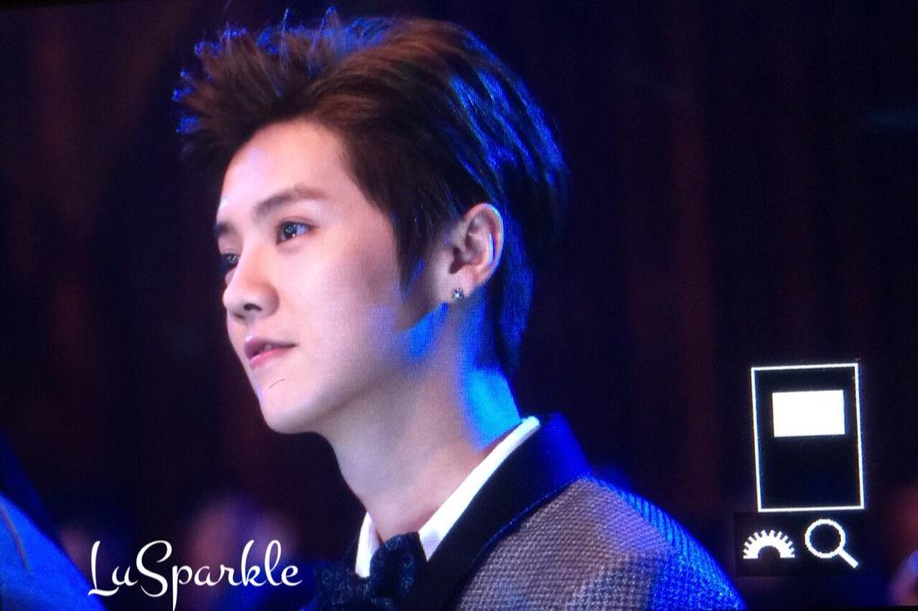 [PREVIEW] 150115 2014 Weibo Awards Night [100P] B7ZHDyJCMAEp_Tm