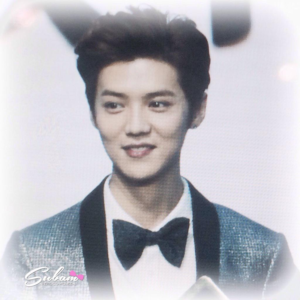 [PREVIEW] 150115 2014 Weibo Awards Night [100P] B7ZHVCICUAECYFN