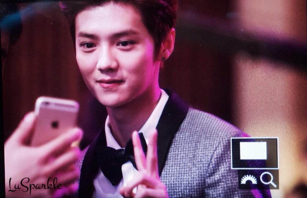 [PREVIEW] 150115 2014 Weibo Awards Night [100P] B7ZIGe7CQAEj_Qu