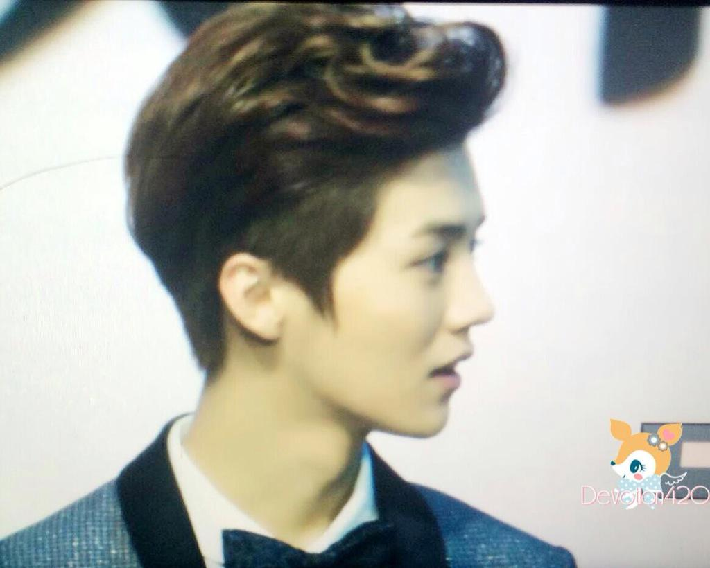 [PREVIEW] 150115 2014 Weibo Awards Night [100P] B7ZJqlHCMAAT2DX
