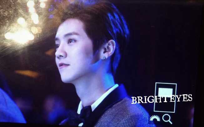 [PREVIEW] 150115 2014 Weibo Awards Night [100P] B7ZNxnSCUAELoc9