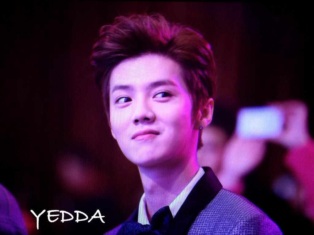 [PREVIEW] 150115 2014 Weibo Awards Night [100P] B7ZO5qmCIAEGG99