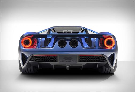 Ford Gt Kinda Looks Like A Piggy From Angry Birds From This Angle Dont You Think Pic Twitter Com Mhpogzsuq