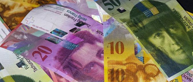 Forex: franco svizzero svincolato dall'euro