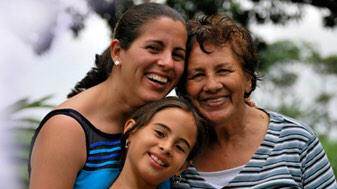 Every #family has a story! The #genetics of #cancer: http://t.co/JqYDMsWsLl #breastcancer #ovariancancer http://t.co/ZoPZkPCoUM