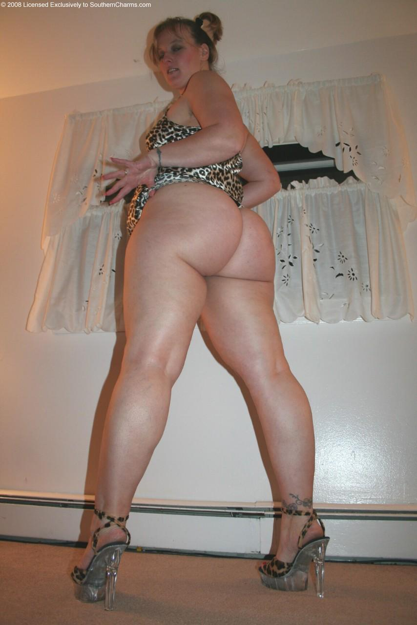 crystal bottoms pawg