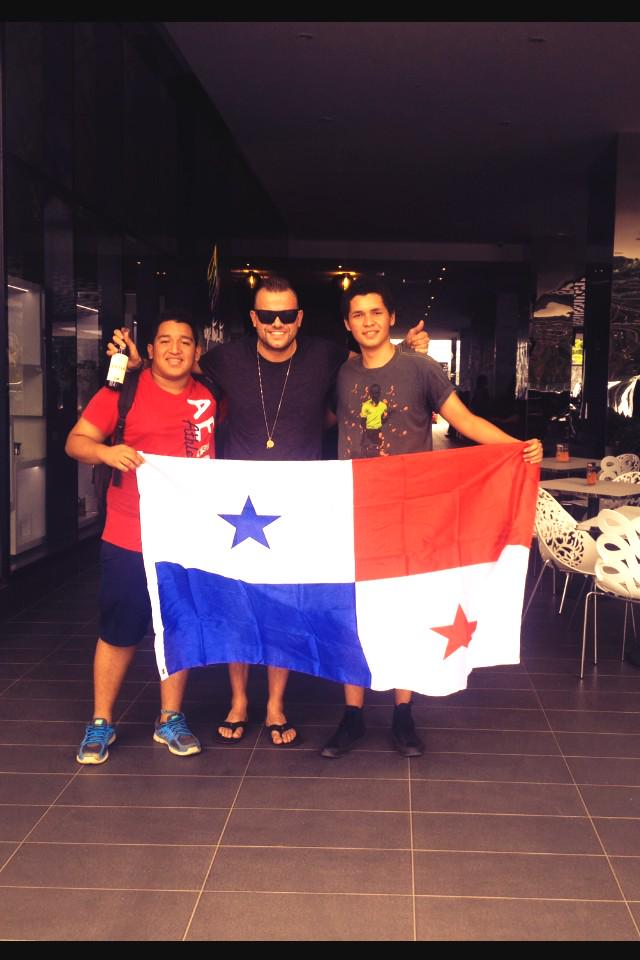 Love my Panama fans ! Thank you so much for the Panama flag , hat & drink guys ! @Rober014 @KevinShawQ <3 #quexopa http://t.co/cwnh02IRmA