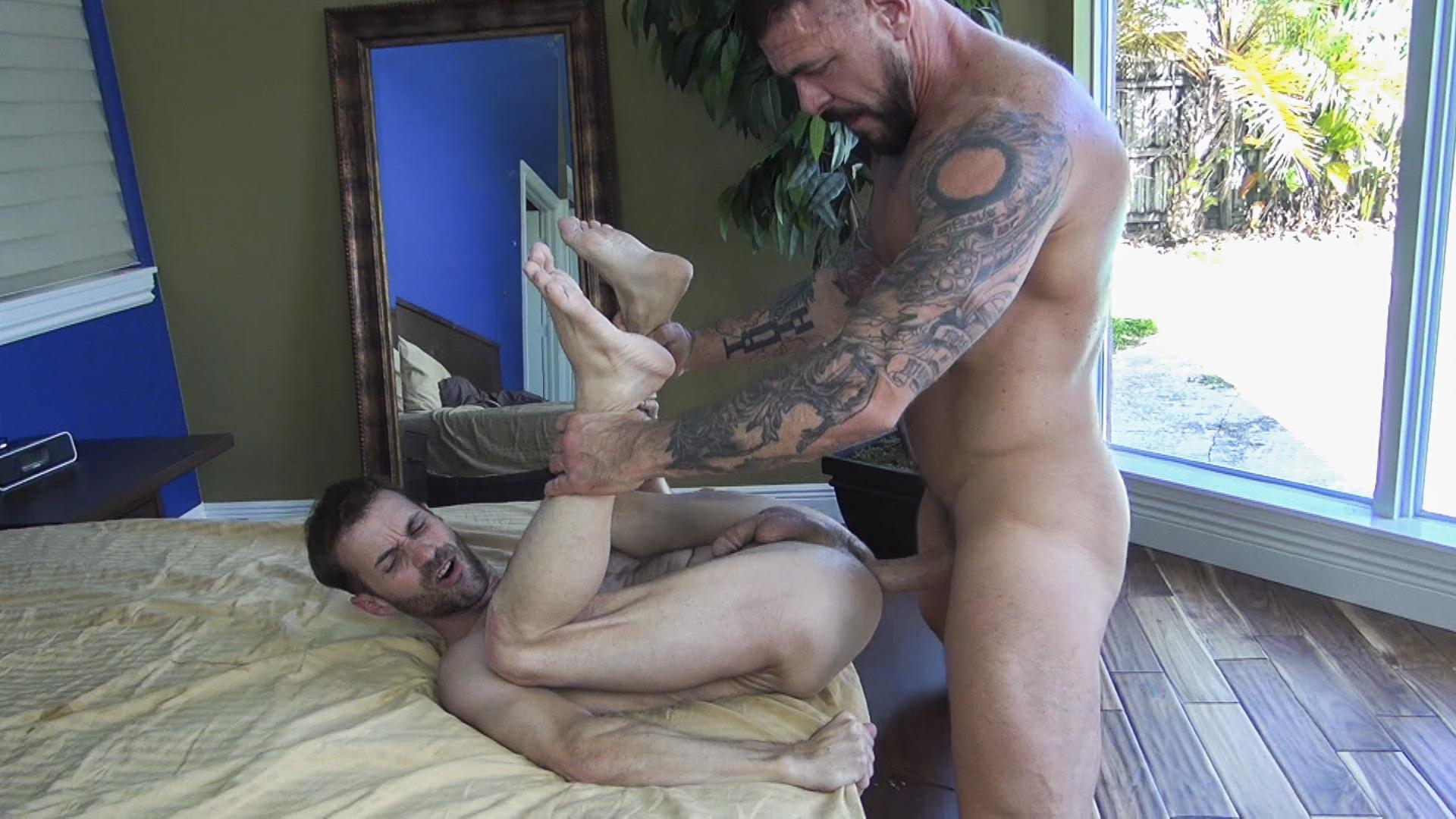 hung gay male clips