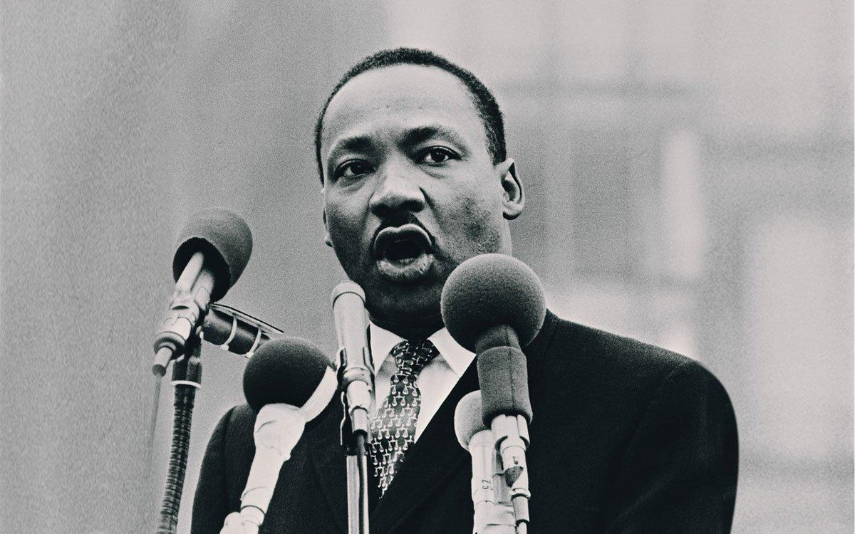 """Let no man pull you low enough to hate him.""  Martin Luther King Jr. http://t.co/j6tZ1rSJEz"