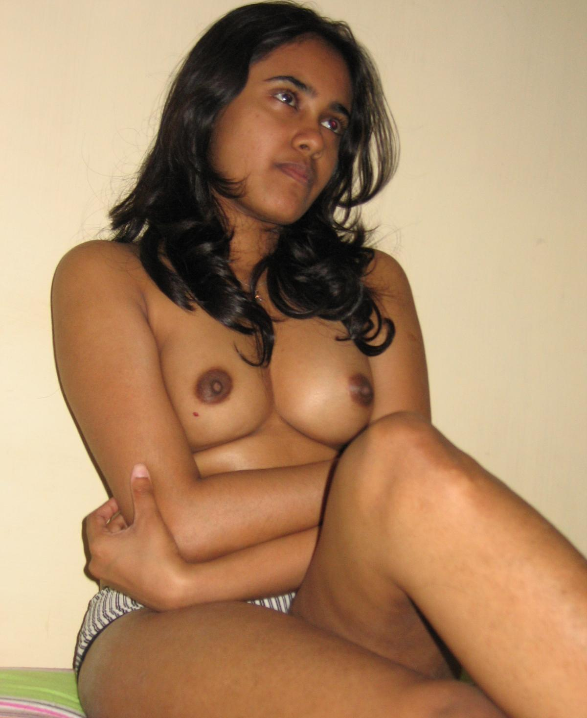Hottie naked indian girls — pic 15
