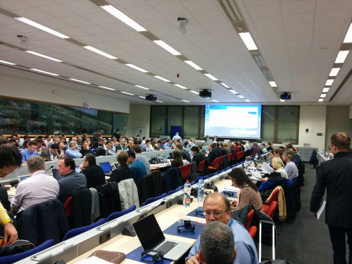 https://t.co/esQaCbAAFa Today we are attending #BigData Networking Day hosted by @EUDataEcosystem at Brussels http://t.co/gdaHmdwe8s