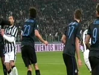 Juventus-Inter: Juan Jesus vs. Chiellini