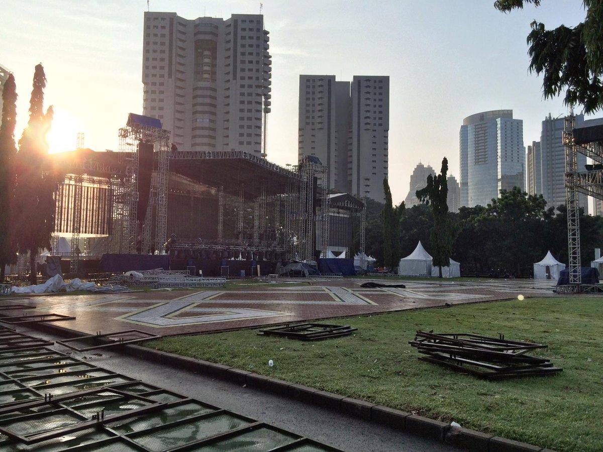 Lokasi Konser Avenged Sevenfold di Parkir Timur Senayan, Jakarta. – Deathbat Indonesia