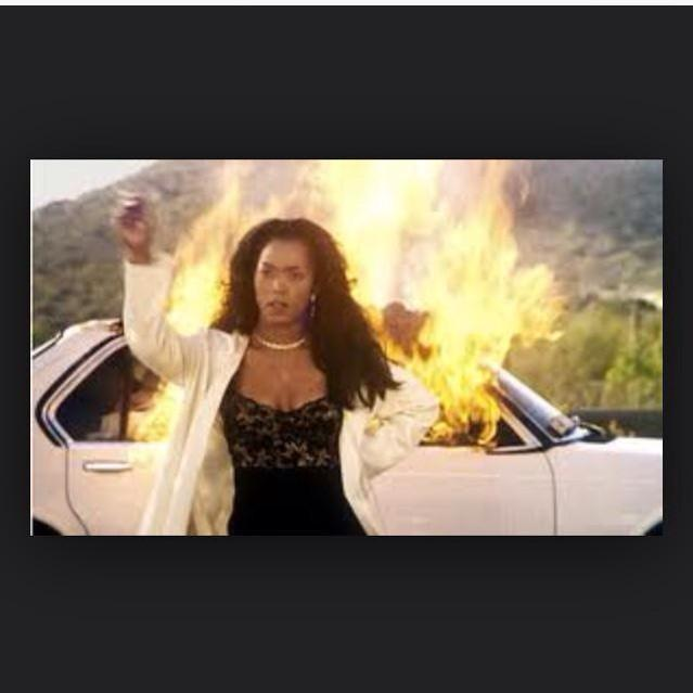 Angela Bassett dropped the movie off to Lifetime like #ItsHandled #Whitney #WhitneyMovie #WhitneyHouston http://t.co/bpk2cbi5Pe