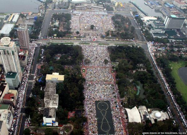 05/02 - Estes foram os maiores eventos católicos já registrados na história
