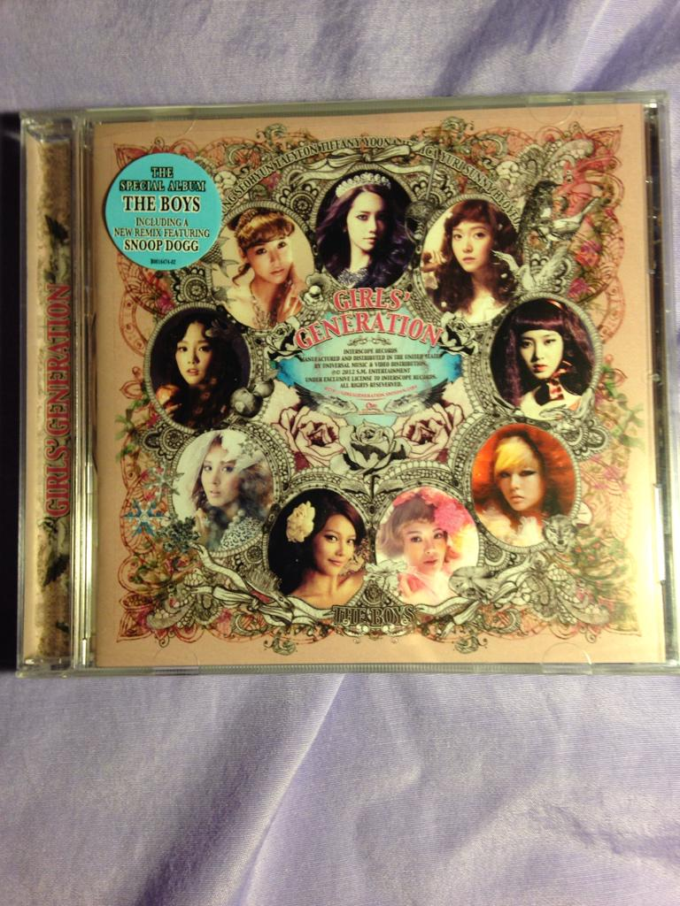 [SELLING] SNSD the boys U.S. edition unopened $10 (shipping not included) RT please #snsd http://t.co/SkVkJEsbHv