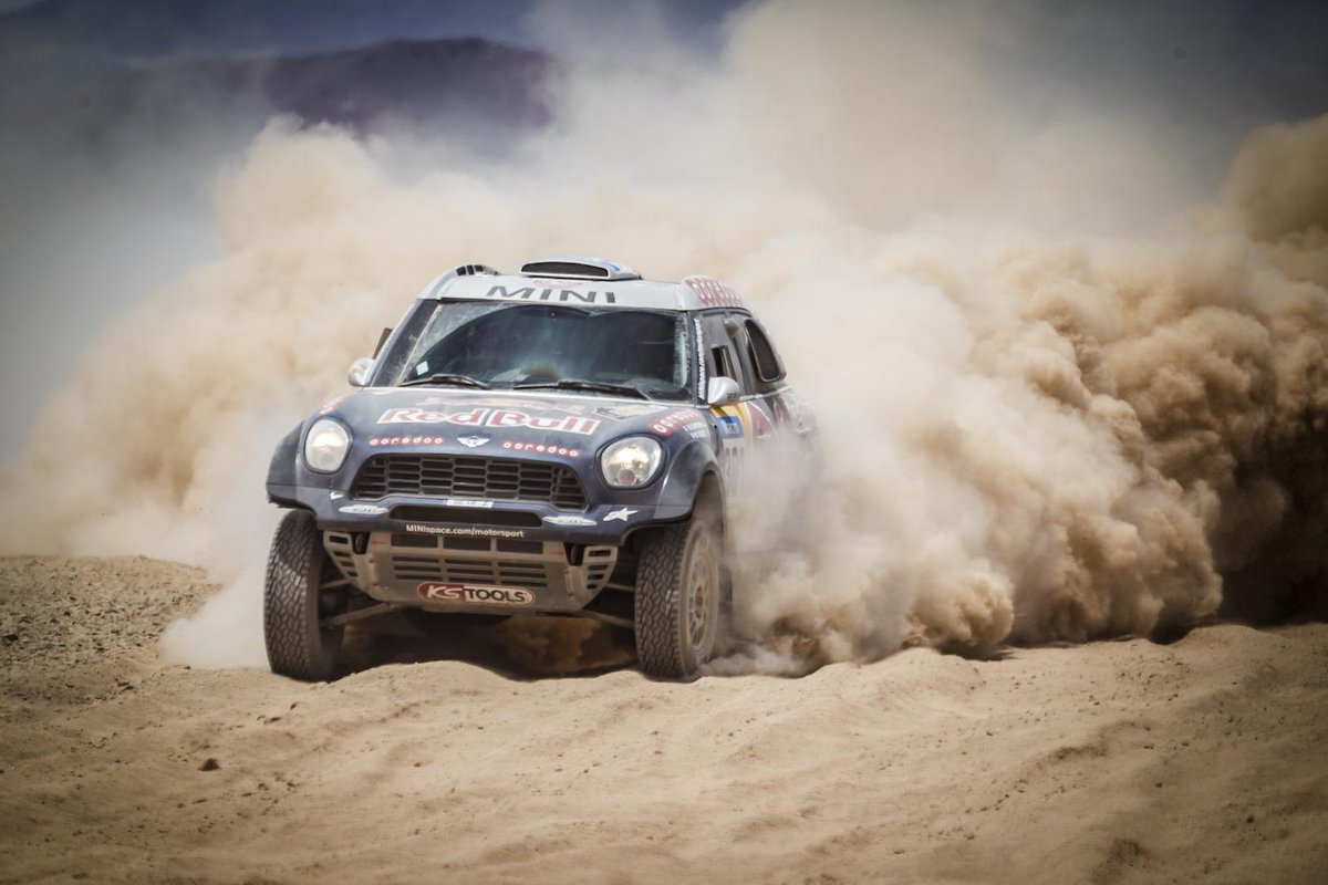 Huge congrats to @AlAttiyahN for winning the #dakar2015 and to @MINI for their 4th consecutive win! #GoBoundless http://t.co/1D2RnT1ZxA