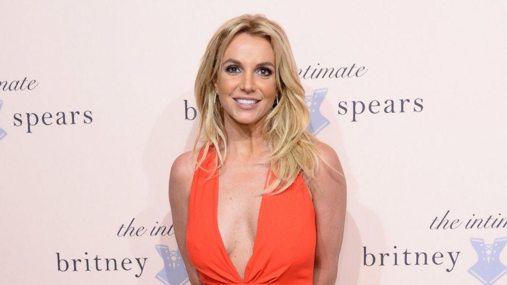 "Ecuavisa on Twitter: ""Ex novio de Britney Spears fue asesinado por  terroristas http://t.co/rSO14vExS7 http://t.co/U4pLCODyCe"""