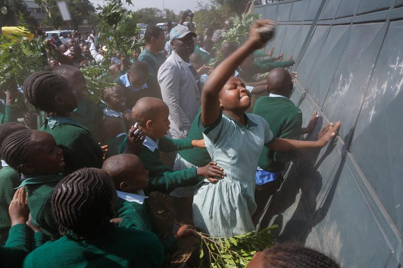 Kenyan schoolchildren tear-gassed during #OccupyPlayground protest http://t.co/TmHzXrlwij #KOT http://t.co/dFSbaueZxc