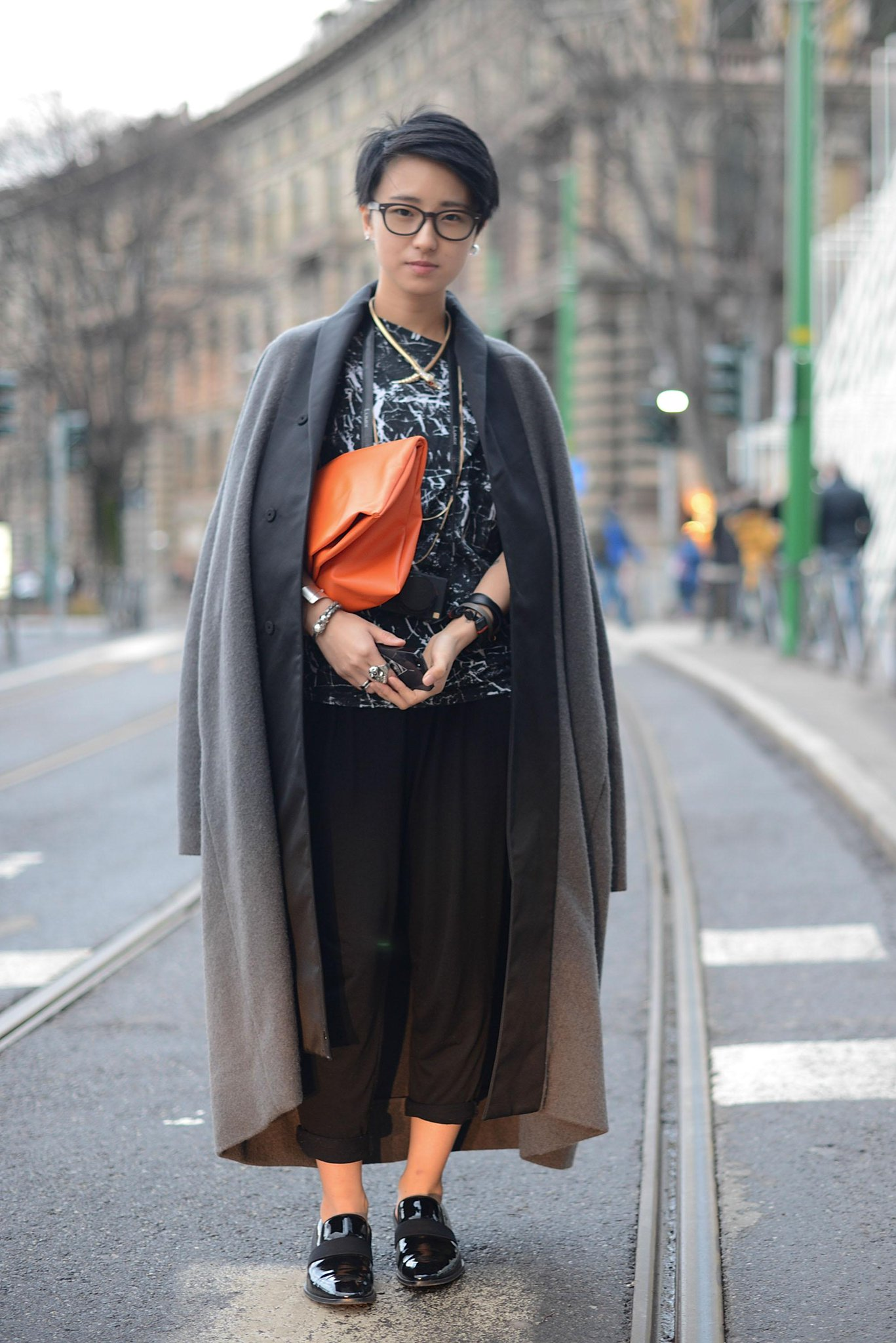 #streetstyle photos to hep you out of your #Winter style rut. http://t.co/uJSkoOvykI http://t.co/Rp0rrU5XRd
