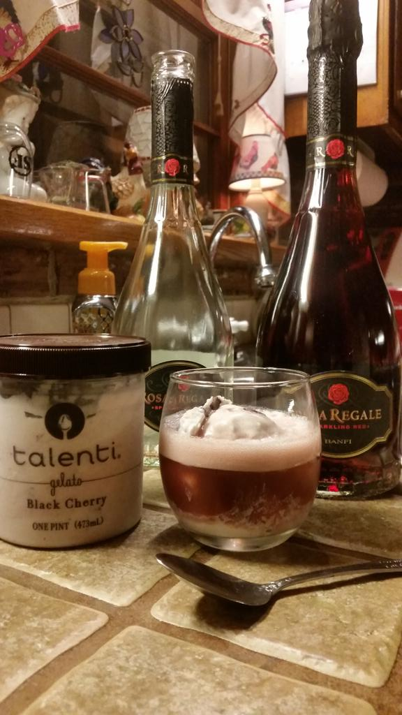 How about a Talenti Gelato Black Cherry @RosaRegale Float #MmmmMonday http://t.co/Kf7bWlBcsz by @sewelllj6