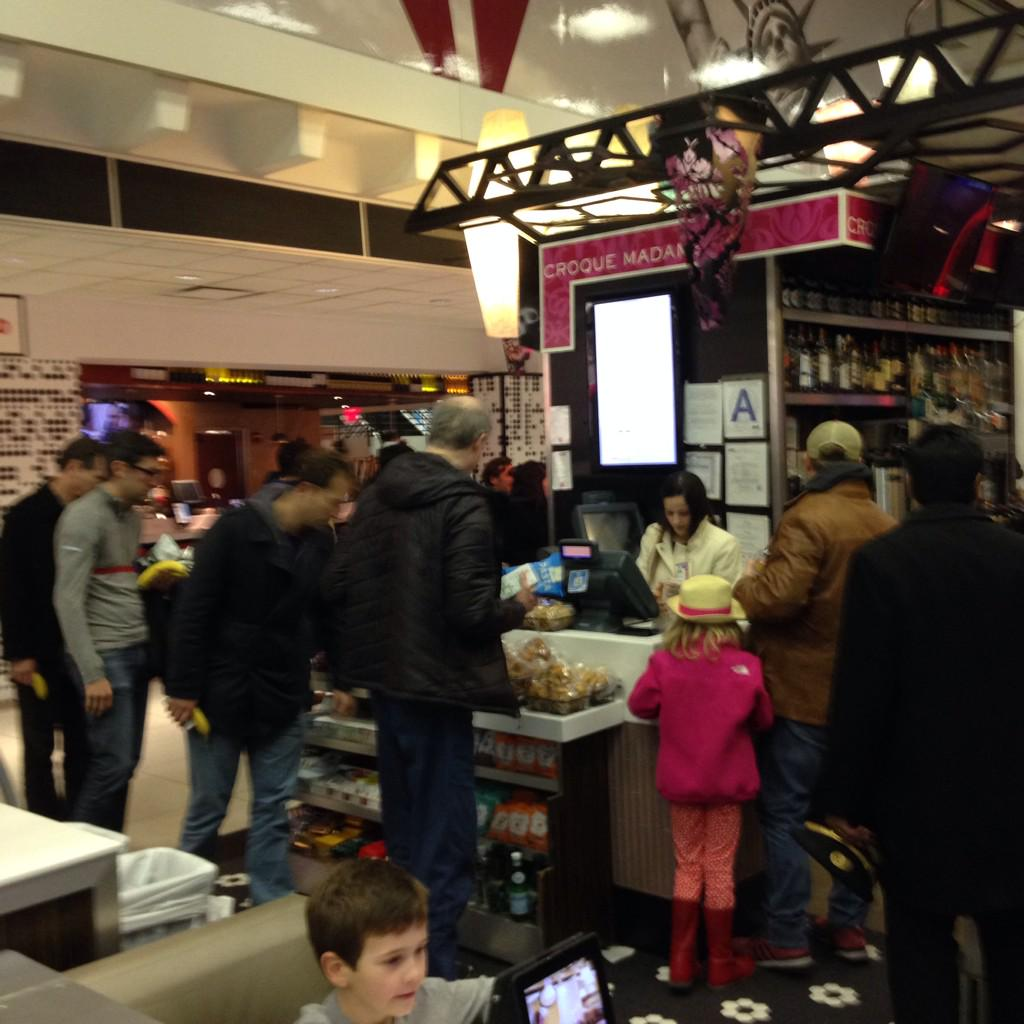 Lone snack stand open in terminal 2 besieged by hungry passengers dumped off Tarmac with no bags. http://t.co/Z7Lp87hnmx