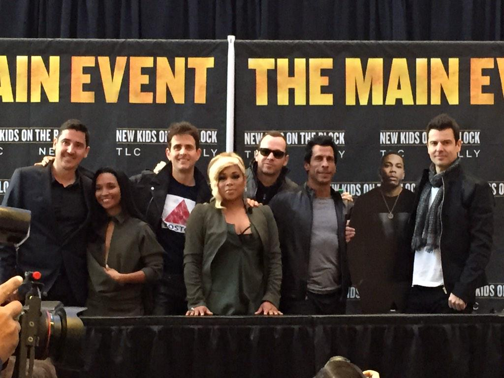 @NKOTB So excited! #TheMainEvent http://t.co/YZmY79G7KN