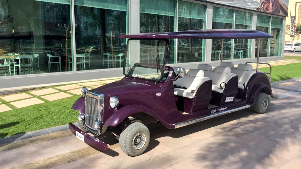 Spotted @VidaDowntown buggy at The Pavilion Downtown Dubai! For #CarFreeDay let's be electric! http://t.co/cO6pC2xIn1