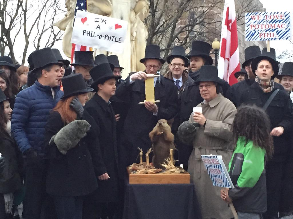 SIX MORE WEEKS OF WINTER and six months of political gridlock! @PotomacPhil saw his shadow! @DupontFestival http://t.co/w1mrXIHkUT