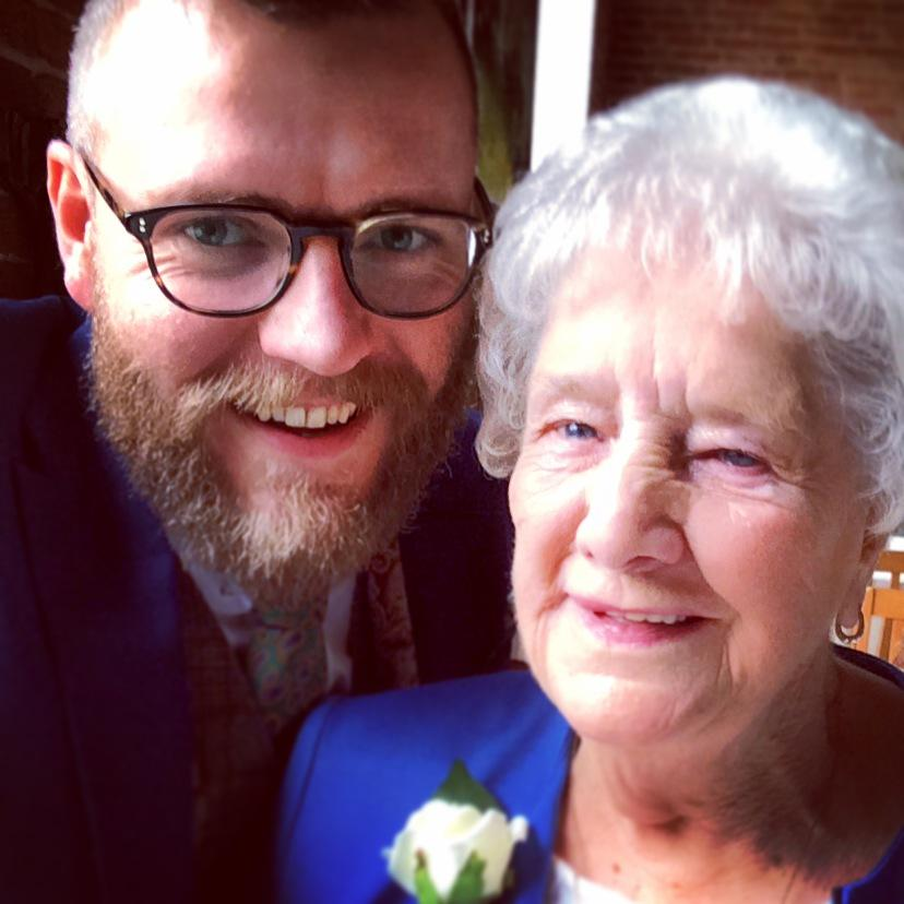 I've been working on this #notbymyselfie campaign with @age_uk so here's a snap of me and the awesome granny Joyce. http://t.co/ncQwgP1cDI