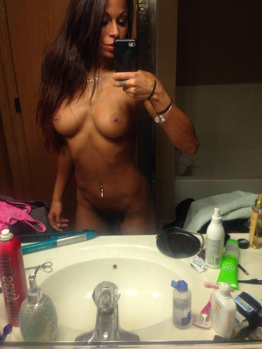 I'm up ten pounds.... It's a travesty ... #MirrorMonday #mirrorselfie http://t.co/I8Gfb23jgj