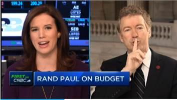 "Woman anchor asks Rand Paul serious question. Rand Paul: ""Shhh"" and ""Calm down."" http://t.co/Q1cBjJGKjG http://t.co/PxIwr2z5Rx"