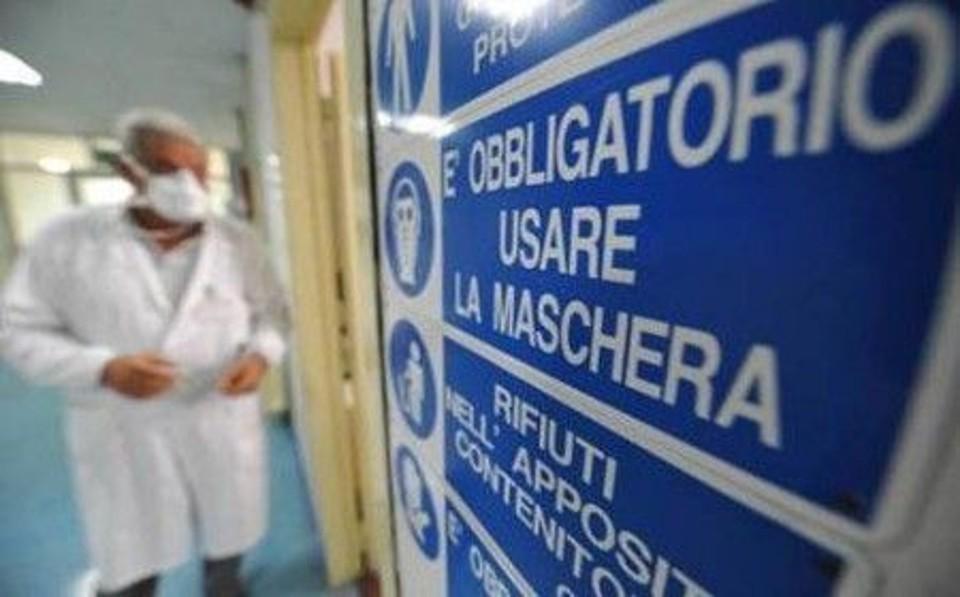 Allerta viaggiatori: oltre 400 morti per ondata influenza suina