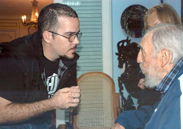 Cuban state media publishes photos of Fidel Castro said to be from late January http://t.co/JAfK1psZ8O