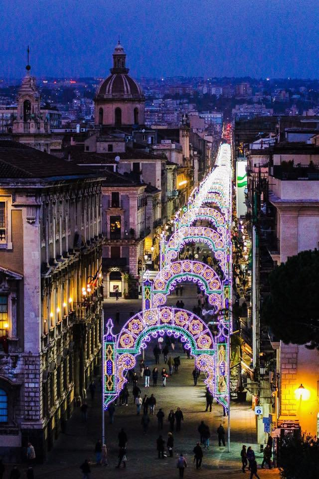 Catania ready for one of Europe's largest street celebrations starting tomorrow, honouring Sant'Agata #sicilianwinter