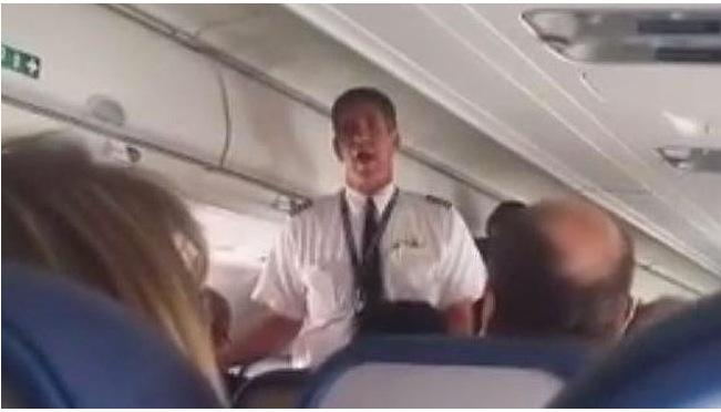 VIDEO YouTube Comandante aereo chiuso fuori da cabina: atterraggio d'emergenza
